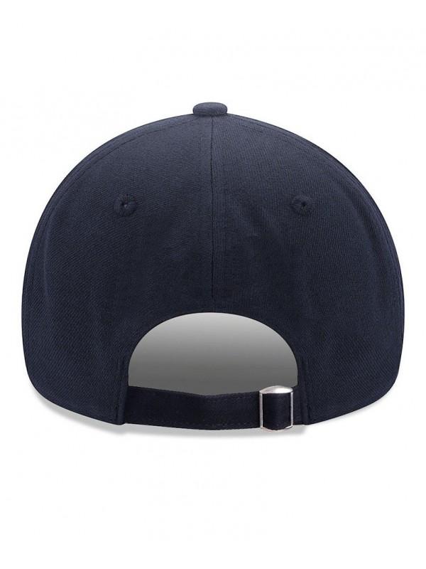 fréquent rencontrer sur des coups de pieds de New Era Casquette 9Forty Adjustable New York Yankees Bleu Marine