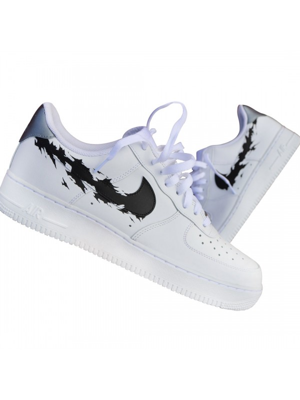 sale retailer b31c7 c10f7 Remix Line Custom x NIKE AF1 Low Tear Black/White