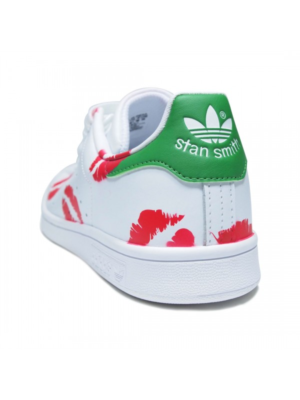 brand new 6a5bc bbb75 Remix Line Custom x Adidas Stan Smith Kisses